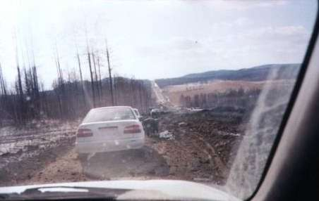 Расчищаем дорогу после взрыва