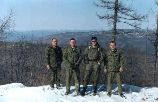 Батя, Евгений, Володя, Алексей на фоне забайкальских просторов