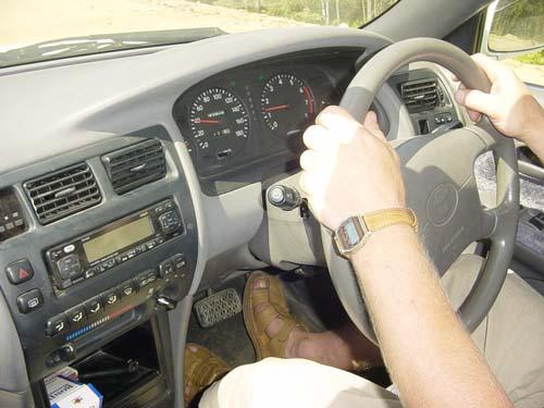 Шура за рулем Toyota Corolla'98 в сотом кузове