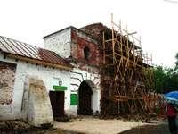стены Спасского монастыря