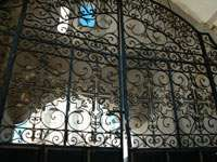 решетка Святых ворот