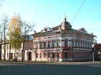 дом на углу 9 января и Московской