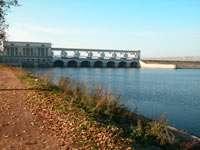 Волга, плотина ГЭС