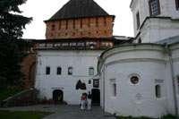 Церковь Покрова, Покровская башня, ресторан Детинец