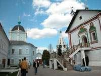 Ново-Голутвинский монастырь изнутри
