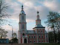 Казанская церковь - это уже в городе