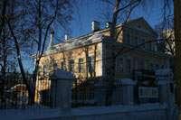 одно из зданий музея Мостославского