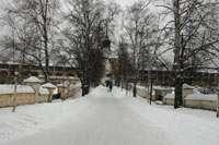 Аллея от Казанской башни к Святым Воротам