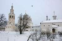 колокольня, Спасо-Преображенский собор, трапезная палата и монастырские кельи