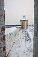 Вид с башни монастаря на стену