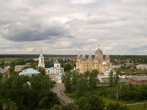 Верхотурье. Вид с колокольни Троицкого собора на Николаевский монастырь