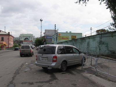 ������� Mitsubishi Lancer Cedia Wagon �� ������������ � ������������.
