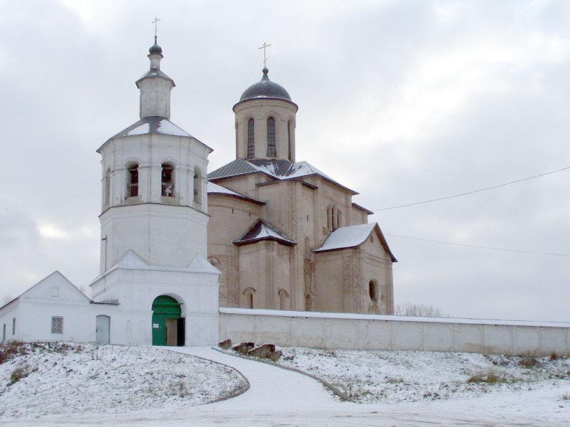 Смоленск. Церковь Архангела Михаила.