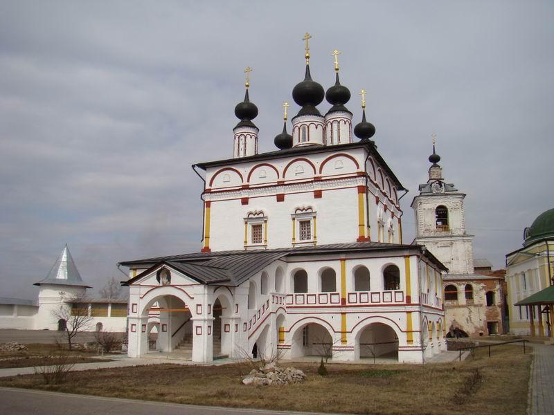 Свято-Троицкий Белопесоцкий монастырь Троицкий собор