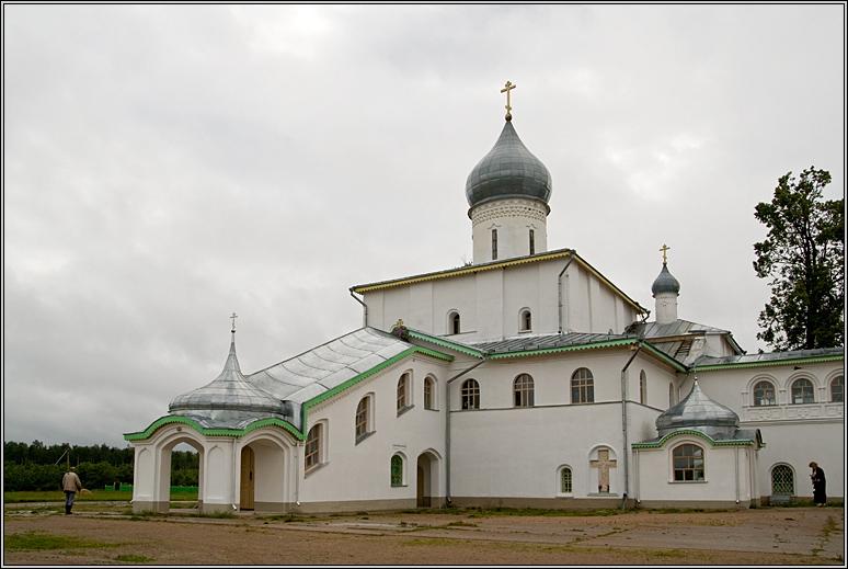 http://strusto.fotoplenka.users.photofile.ru/photo/strusto.fotoplenka/150108069/153396748.jpg