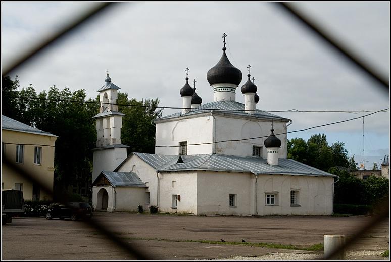 http://strusto.fotoplenka.users.photofile.ru/photo/strusto.fotoplenka/150100078/153624583.jpg
