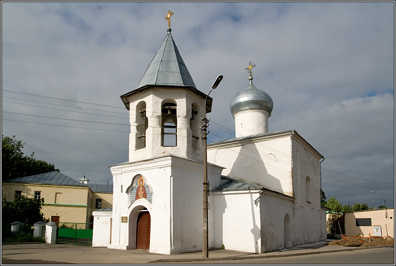 http://strusto.fotoplenka.users.photofile.ru/photo/strusto.fotoplenka/150100078/153624584.jpg