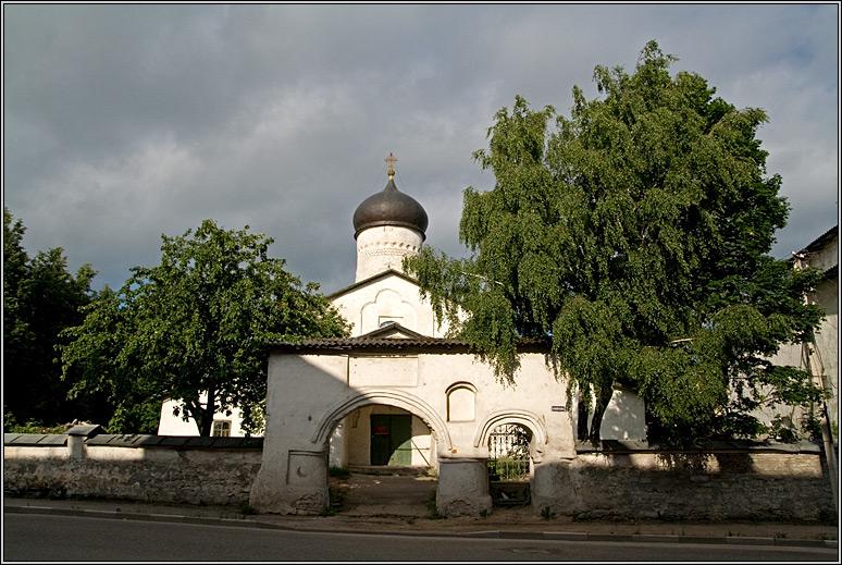 http://strusto.fotoplenka.users.photofile.ru/photo/strusto.fotoplenka/150100078/153624602.jpg