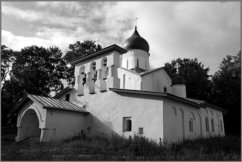 http://strusto.fotoplenka.users.photofile.ru/photo/strusto.fotoplenka/150100078/153624605.jpg