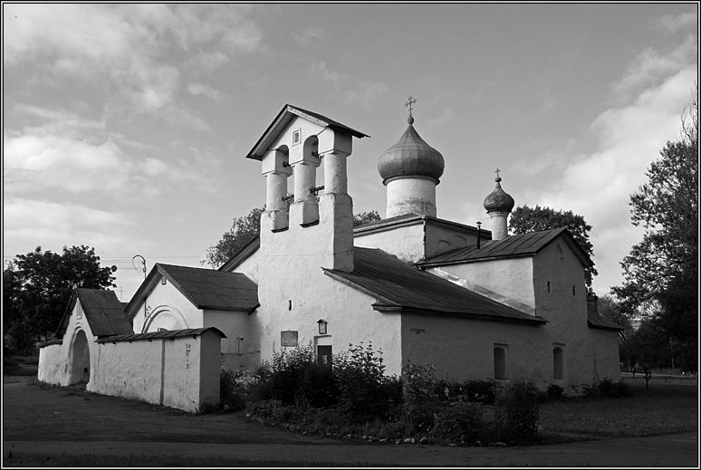 http://strusto.fotoplenka.users.photofile.ru/photo/strusto.fotoplenka/150100078/153624619.jpg