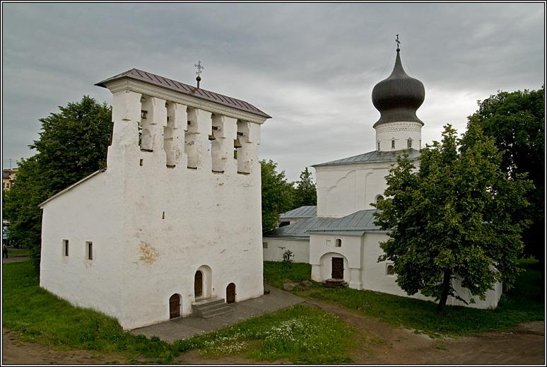 http://strusto.fotoplenka.users.photofile.ru/photo/strusto.fotoplenka/150100078/153625970.jpg