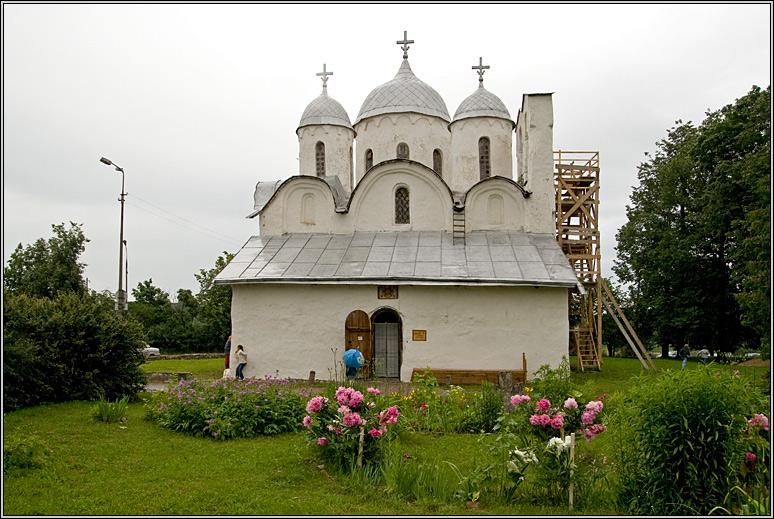 http://strusto.fotoplenka.users.photofile.ru/photo/strusto.fotoplenka/150100078/153626003.jpg