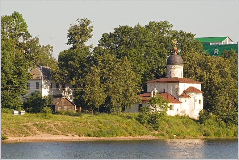 http://strusto.fotoplenka.users.photofile.ru/photo/strusto.fotoplenka/150100078/153659398.jpg