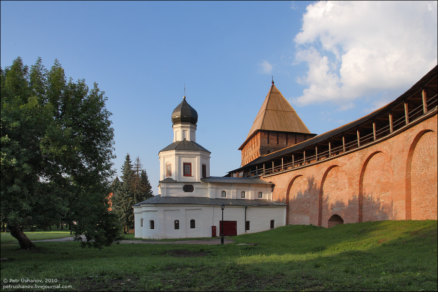 Великий Новгород, Покровская башня, Покровская церковь