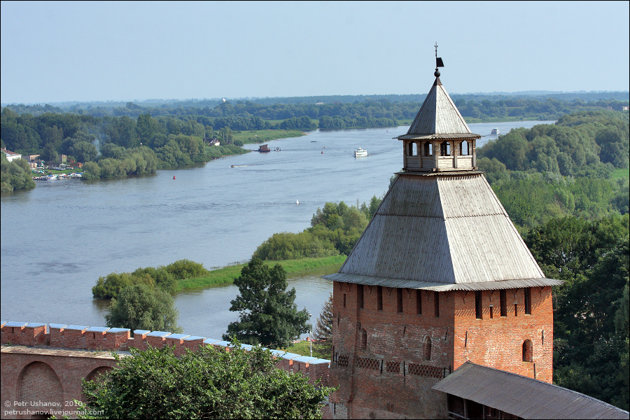Спасская башня, Великий Новгород