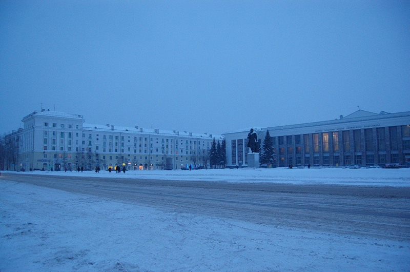 http://img-fotki.yandex.ru/get/4211/h-956139-g.1/0_2d232_26e147cb_XL.jpg