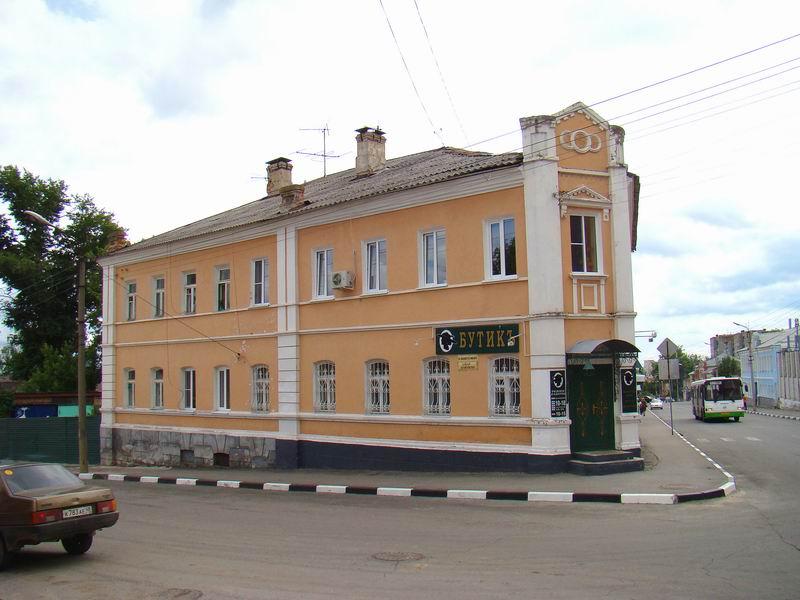 Елец Октябрьская улица