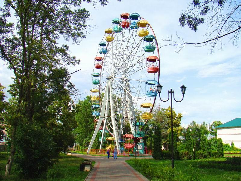 Елец Городской парк Колесо обозрения