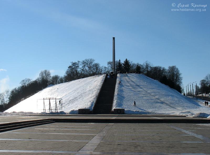 монументи на Болдиних горах