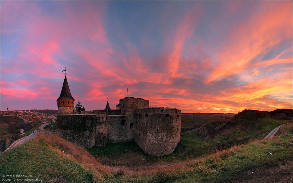 Каменец-Подольский, замок на закате