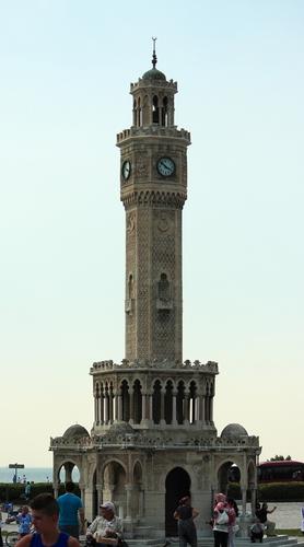 часовая башня в Измире