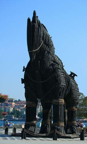 троянский конь от создателей фильма