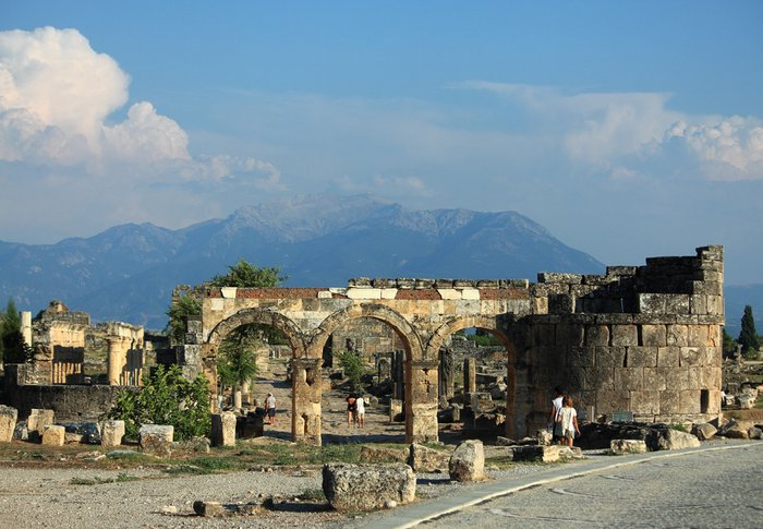 арка Домициана в Иераполисе