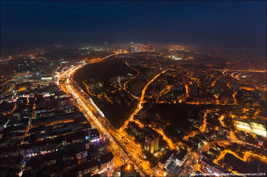 Ночной Стамбул с небоскреба